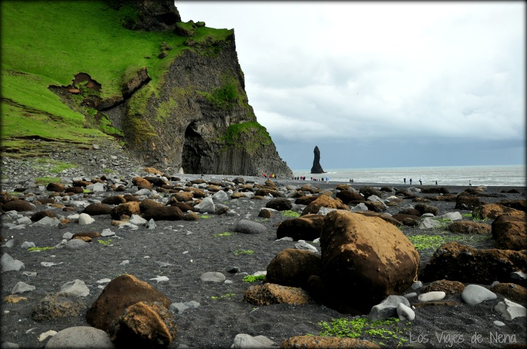 Playa de Reynisfjara paisajes de islandia