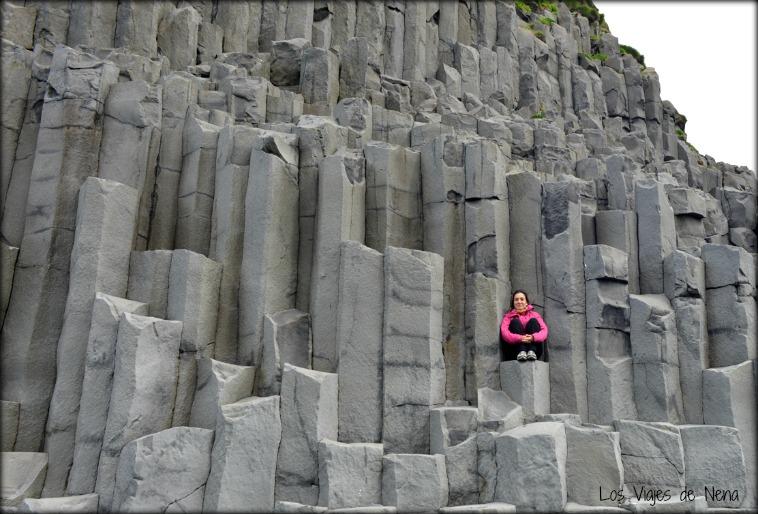 Playa de Reynisfjara paisajes de islandia viajes