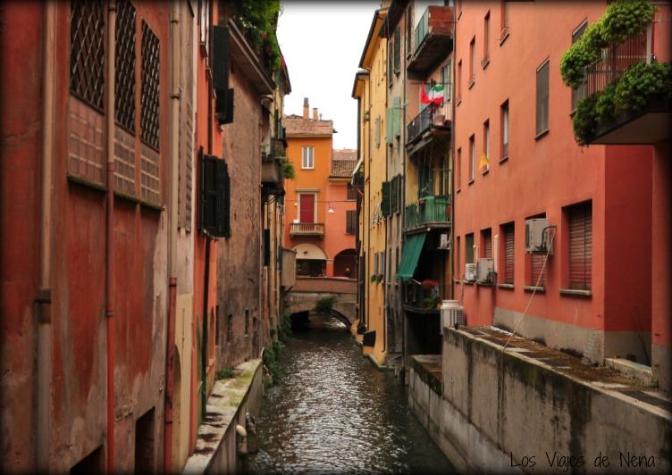 Bolonia tiene canales y hay que descubrirlos, esa es una de las cosas que ver y que hacer en Bolonia