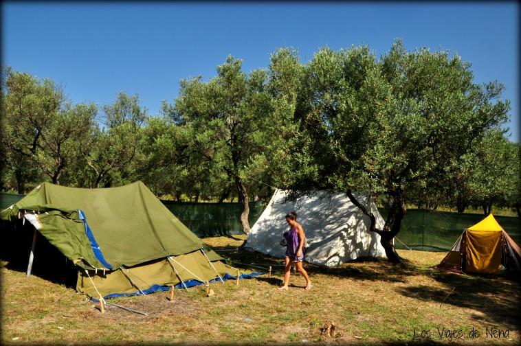 ir de camping a Albania
