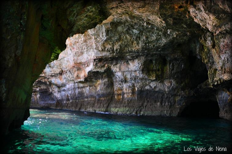 nadar en cavernas torre vado puglia