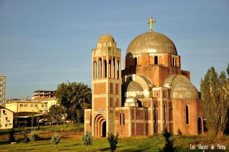 iglesia ortodoxa pristina