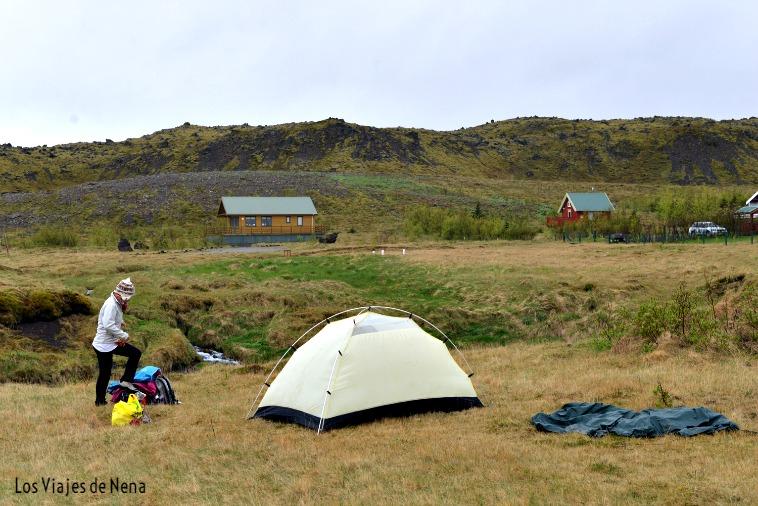 8b275a03cd5 Divino el clima de Islandia, dejó de llover justo cuando decidimos levantar  campamento… Que se puede armar en ...