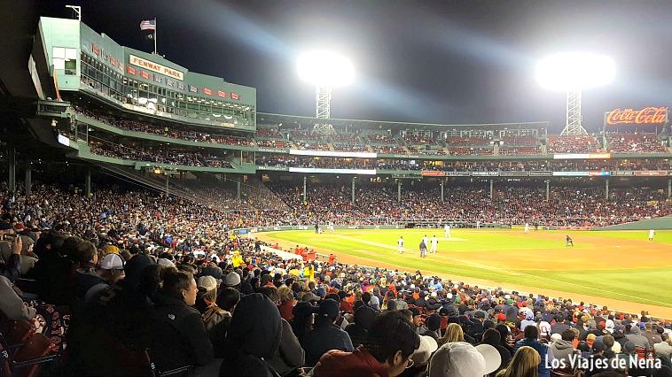 Ir a ver un partido de los red socks,otra de las cosas que ver y que hacer en Boston