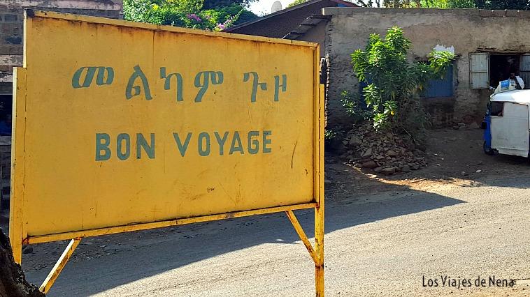 En Etiopía la lengua oficial es el amhárico. Algunos hablan francés o inglés, uno de los mejores idiomas para viajar