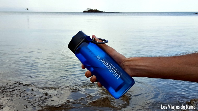 El filtro de agua es otro de los gadgets útiles para un viaje largo: te olvidás de las pastillas potabilizadoras, el agua mineral y la mar en coche.