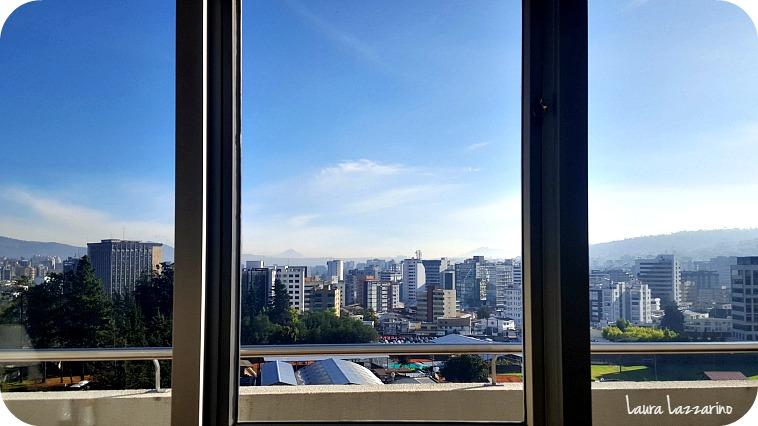 Vista desde la ventana de mi habitación, en mi visita a Quito.