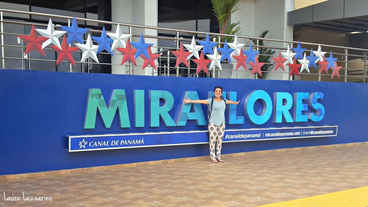 Visitar las esclusas de Miraflores,una de las cosas que ver y que hacer en Panamá