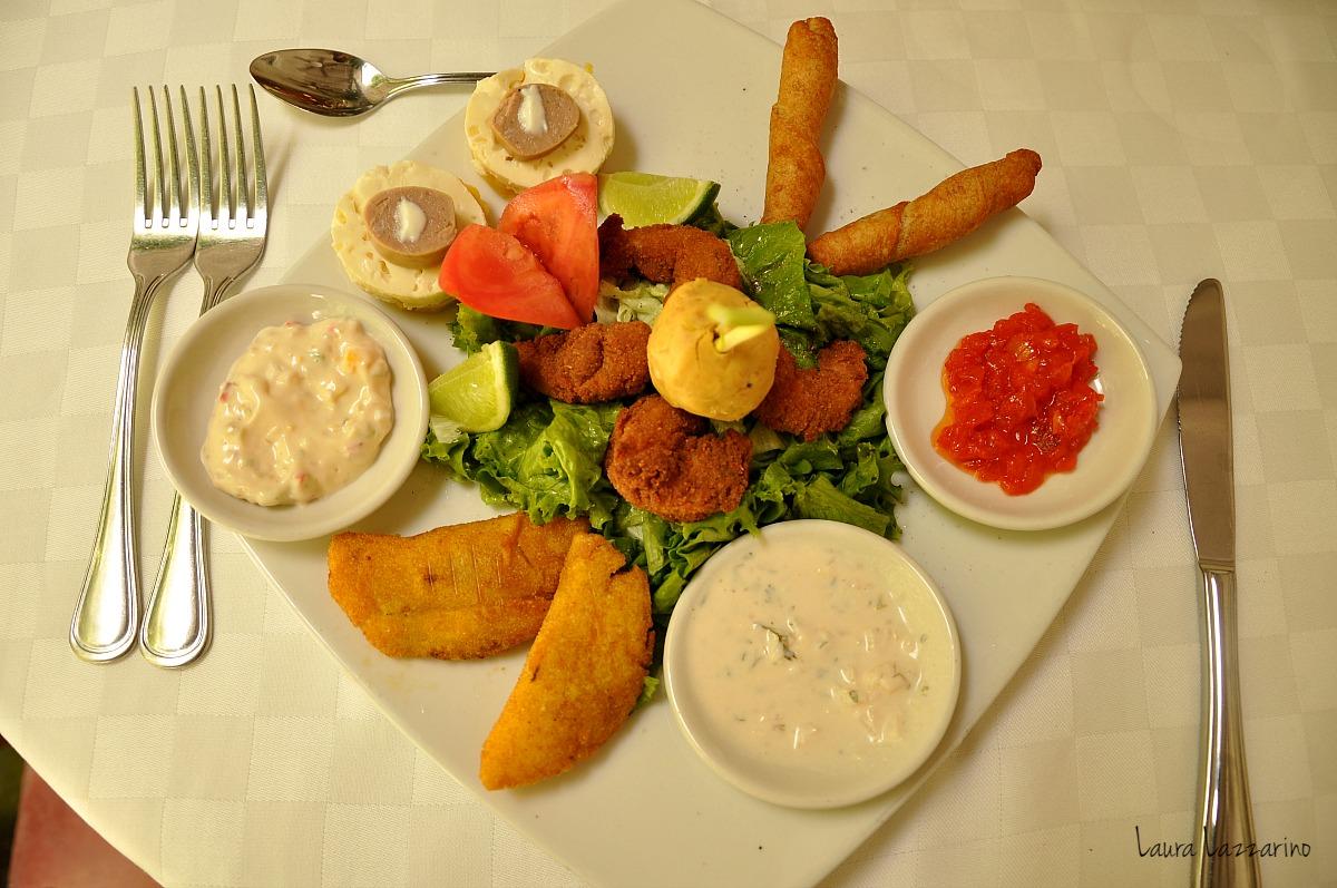 Candé es el mejor lugar para comer comida típica de Cartagena