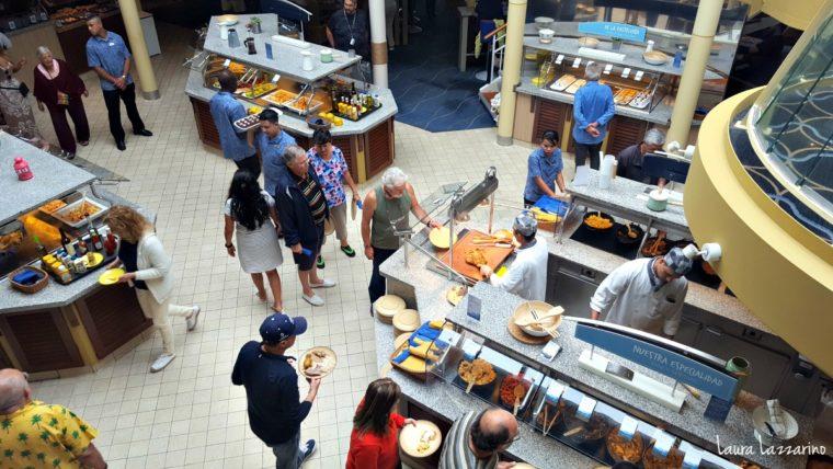 La comida está incluida en el crucero transatlántico.